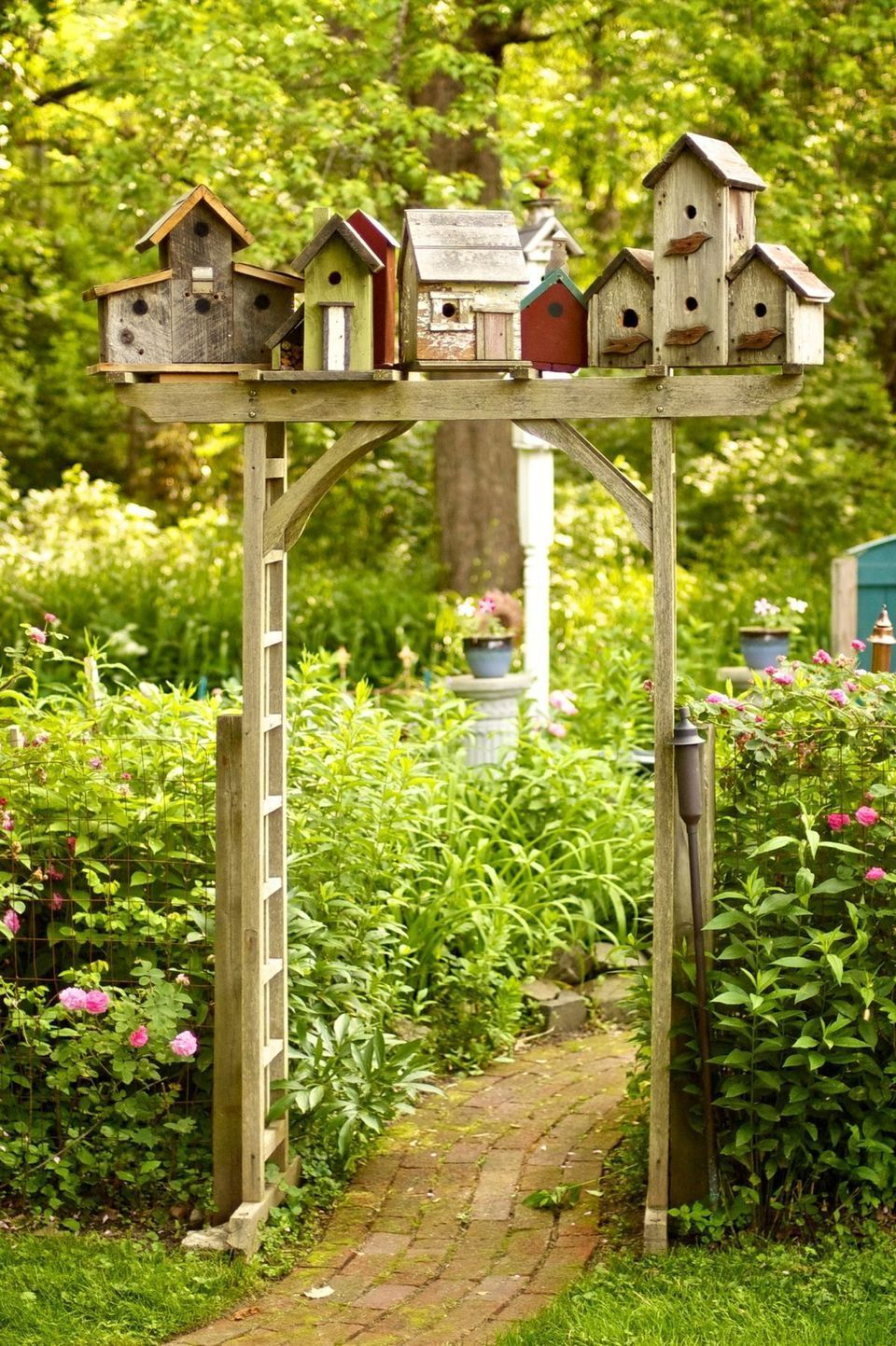 10 Idées Déco Faits À Partir D'objets Recyclés Pour Votre ... concernant Objet Decoration Jardin