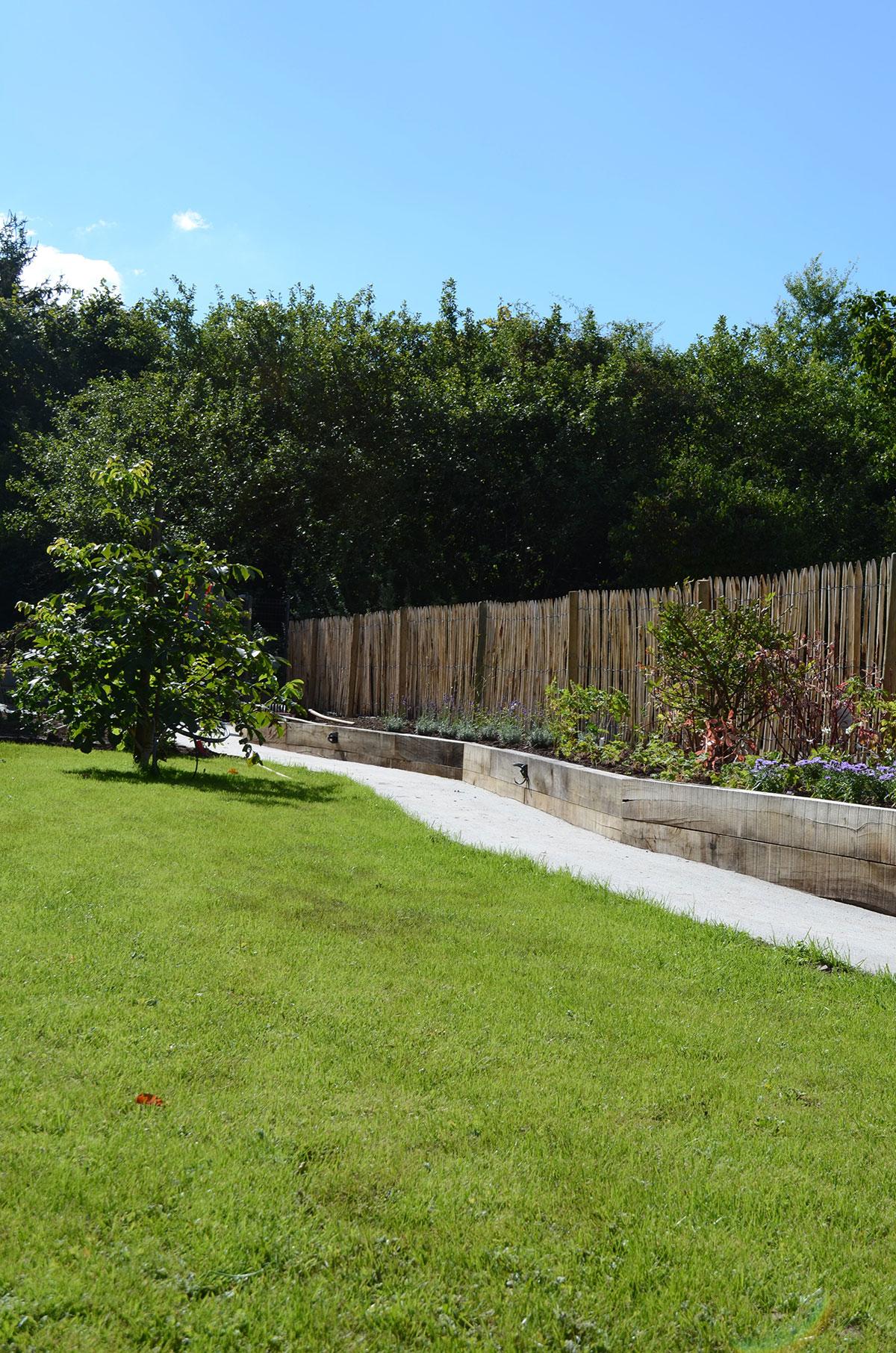 100+ [ Cloture Jardin Luxembourg ] | Fountasia Set Of 2 ... intérieur Cloture Jardin Luxembourg