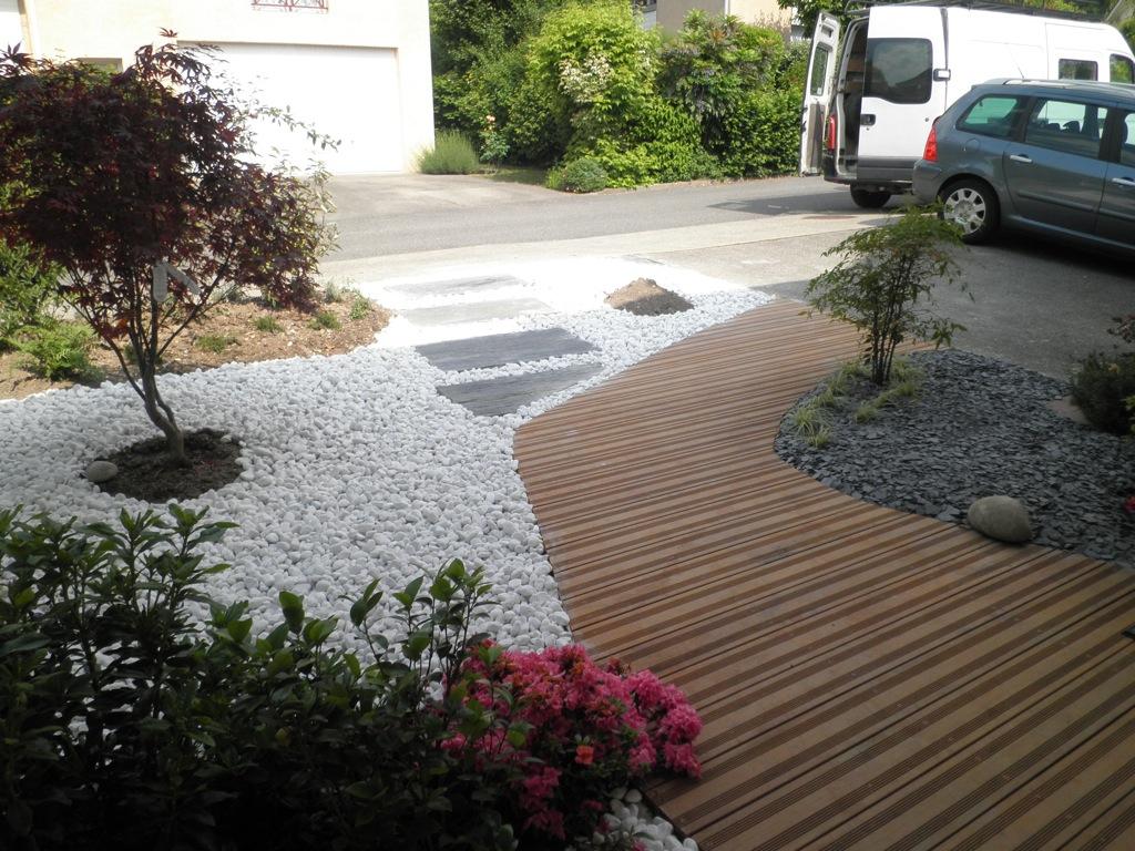11 Idées Pour Aménager L'allée De Jardin ! tout Faire Une Allée De Jardin Avec Des Dalles