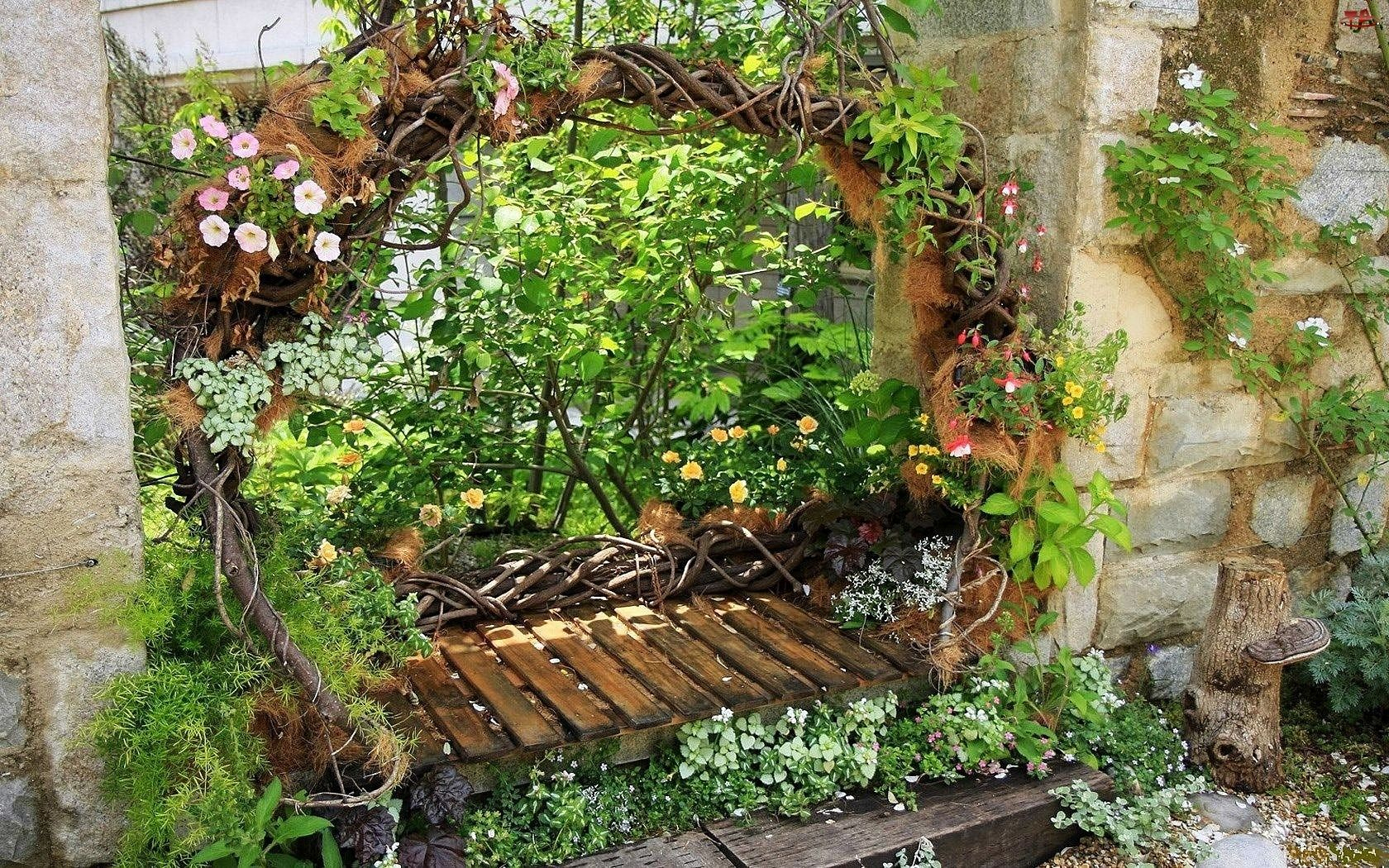 125629.jpg (1680×1050) | Jardin Original, Balancoire Jardin dedans Idée De Génie Jardin