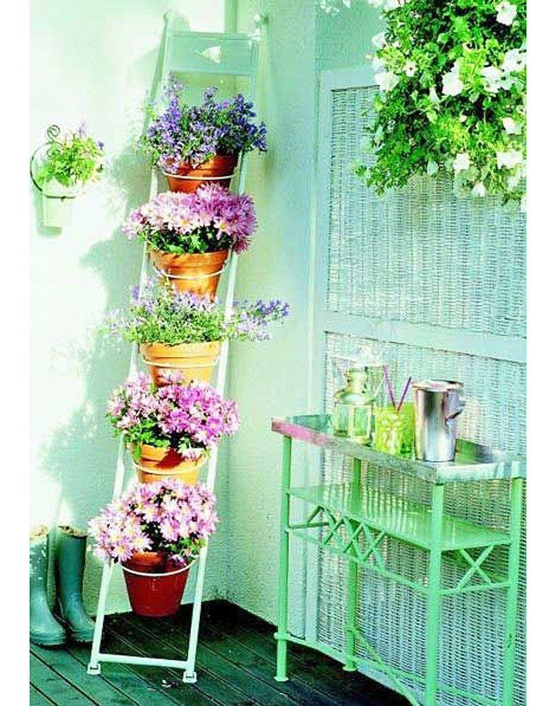 15 Idées Pour Mettre Son Balcon Au Vert | Le Jardin ... concernant Deco Metal Jardin
