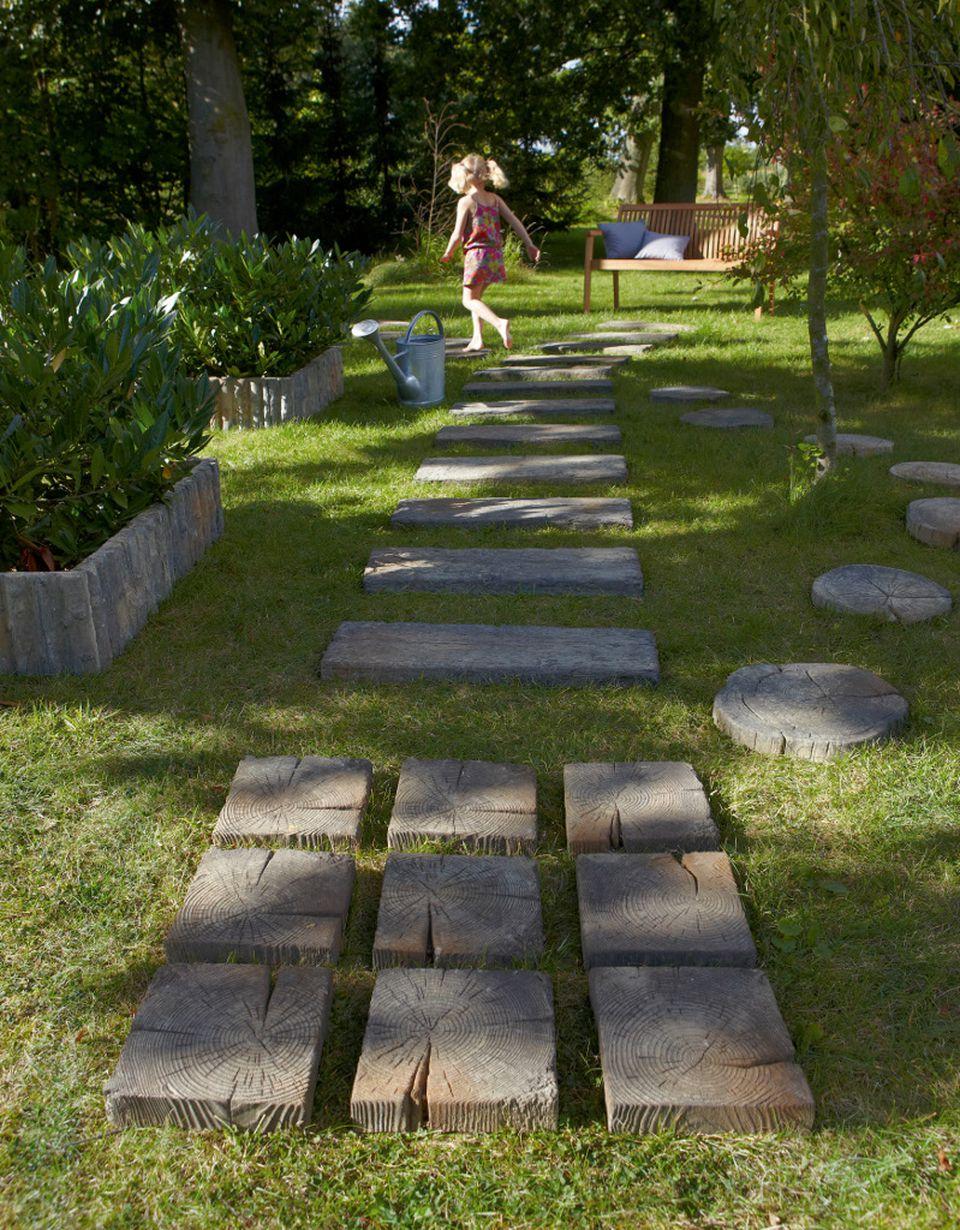 3 Idées Pour Aménager Son Allée De Jardin avec Allée De Jardin En Bois