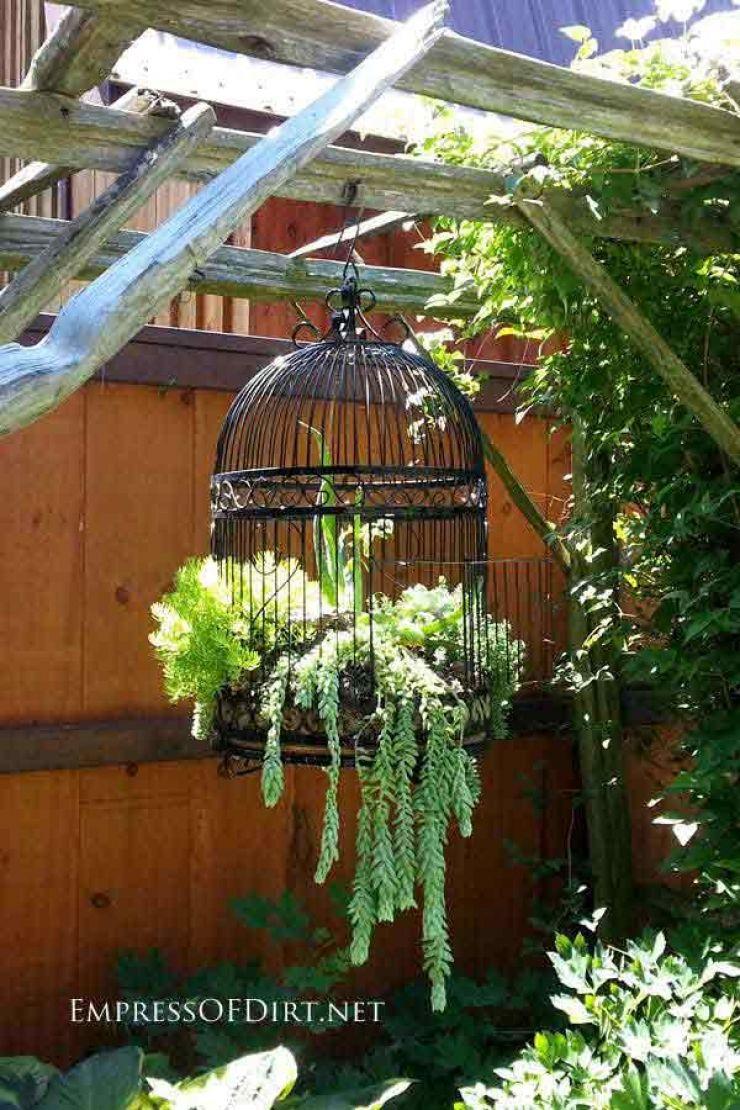 35 Idées Entre Récupération, Transformation Et Détournement ... encequiconcerne Astuce Deco Jardin Recup