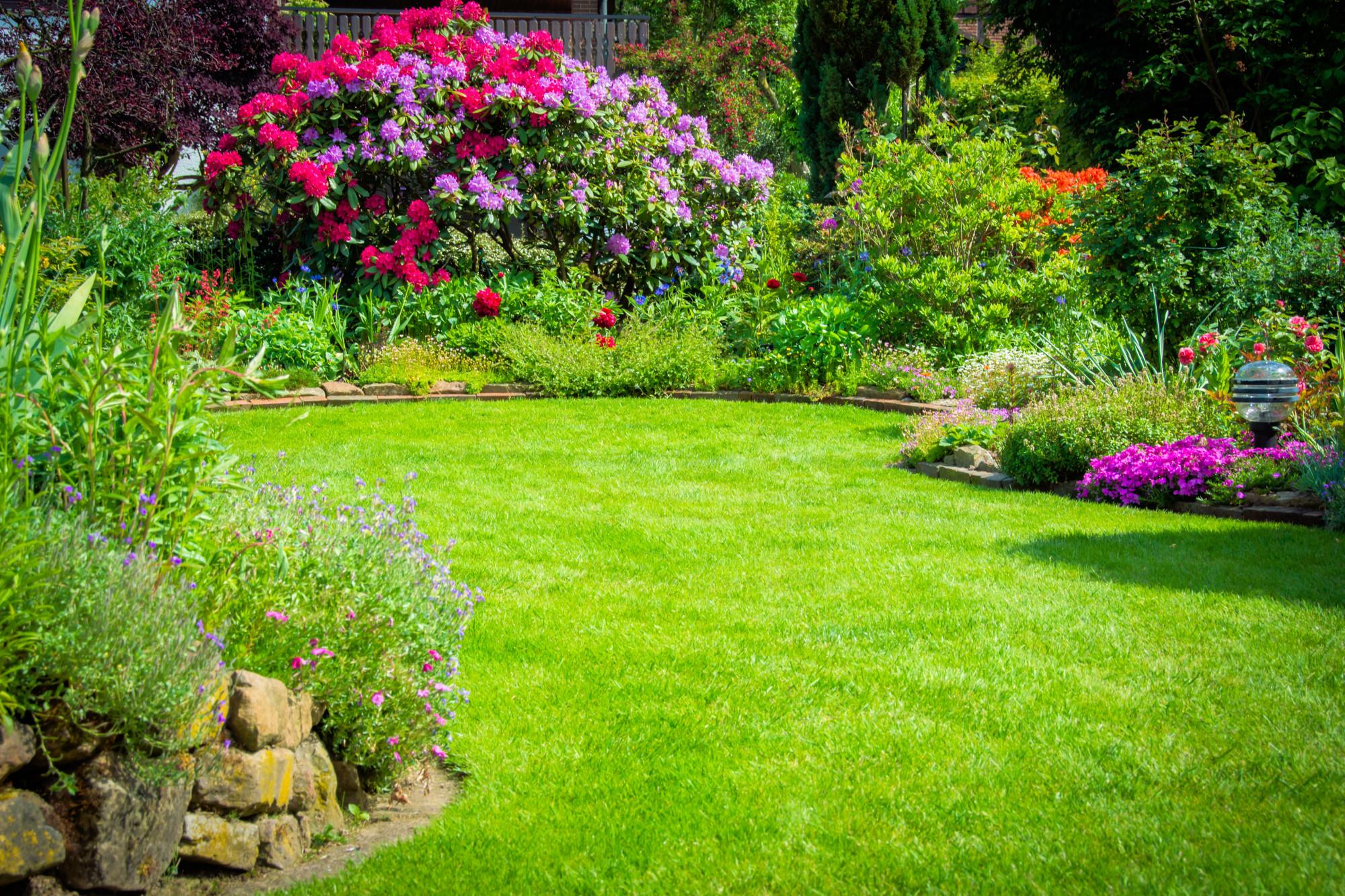 5 Conseils Pour Réussir Son Aménagement Paysager ... dedans Arbustes Decoration Jardin