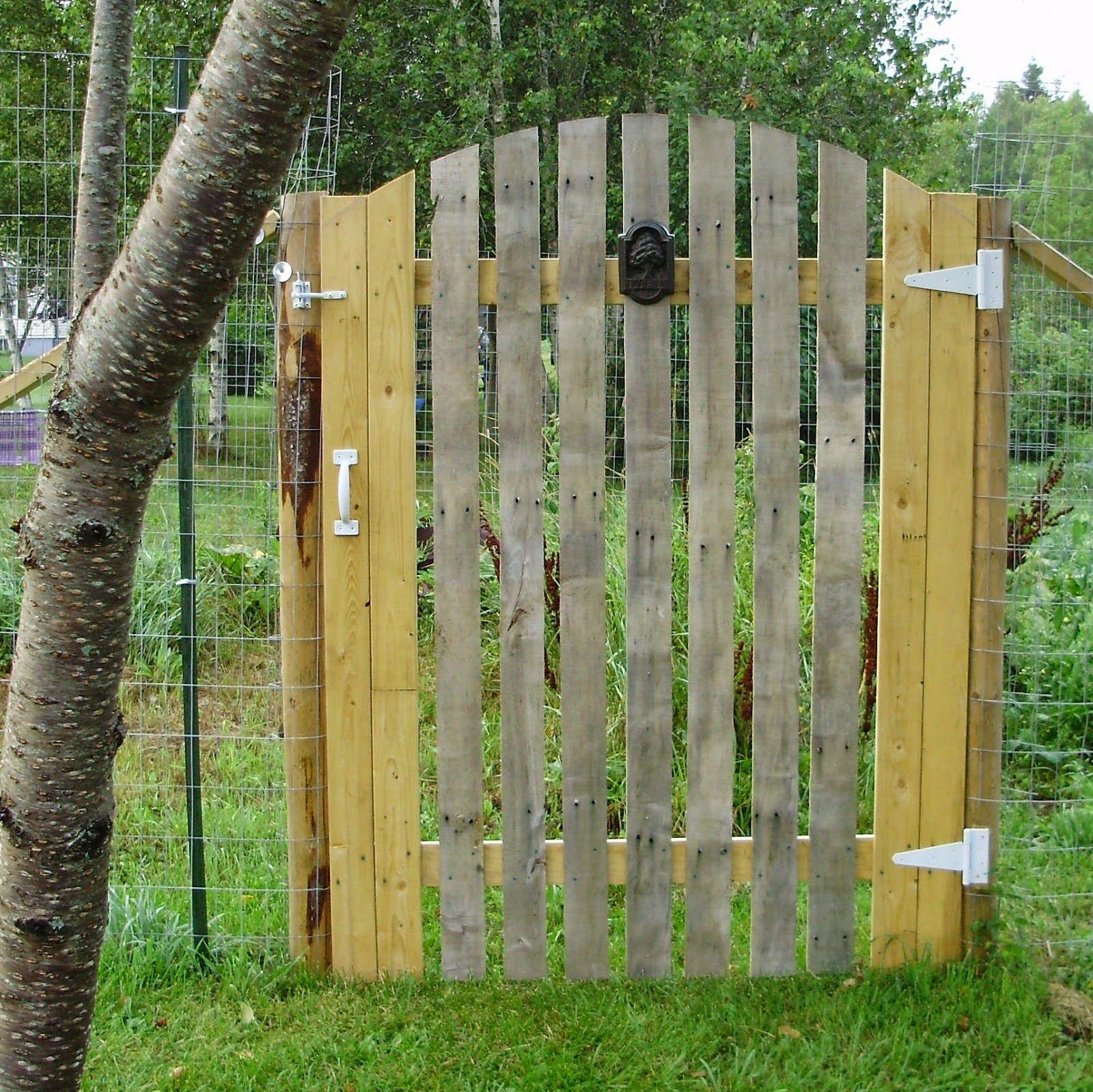 70 (Nouvelles) Idées Pour Recycler Des Palettes | Jardins En ... intérieur Barriere Pour Jardin