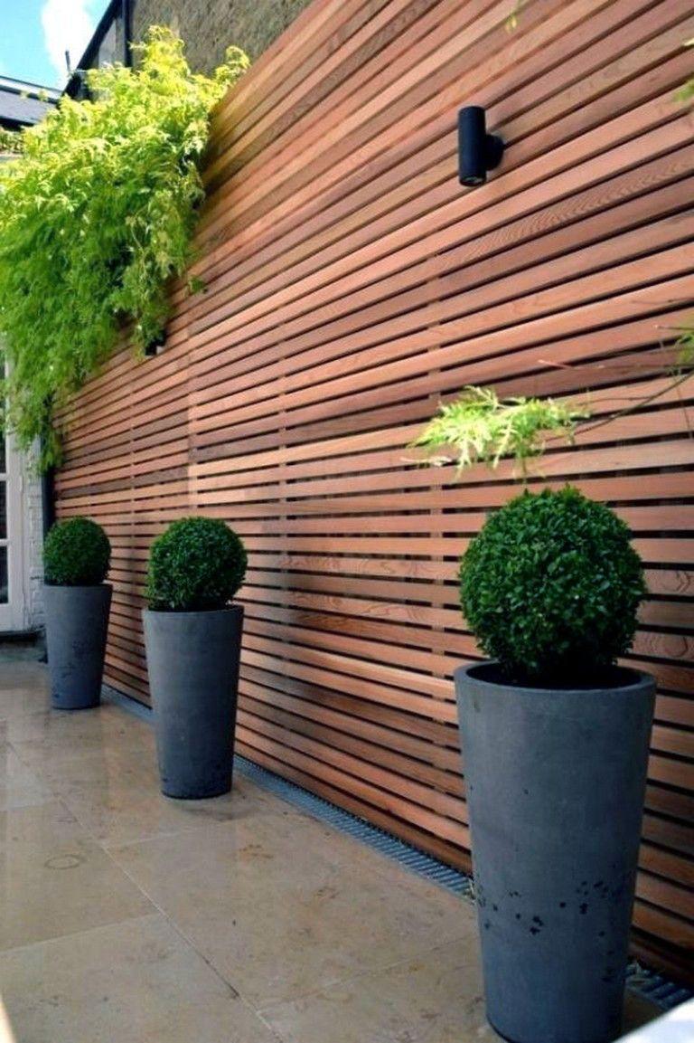 8 Beautiful Party Wall Ideas | Habillage Mur Exterieur ... destiné Panneau Separation Jardin