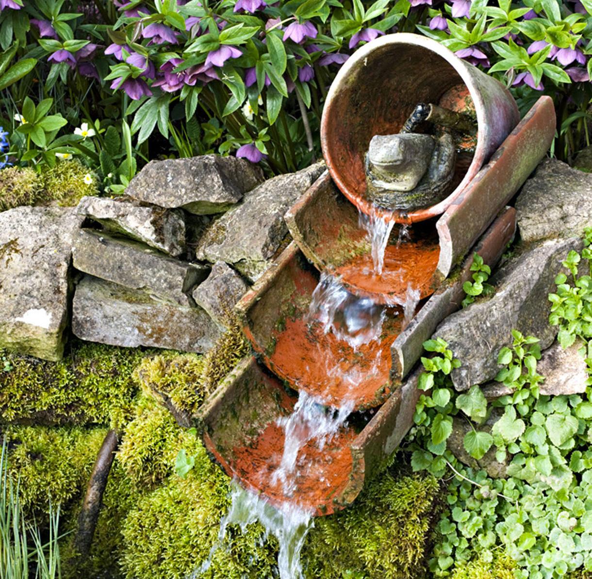 9 Exemples De Fontaines Pour Votre Jardin - Détente Jardin serapportantà Construire Fontaine De Jardin