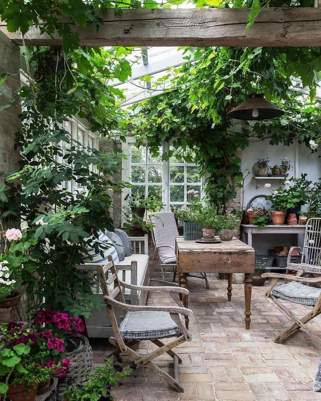 95 Cozy Sunroom Decor Ideas | Jardin D'hiver, Amenagement ... dedans Meubles Veranda Jardin