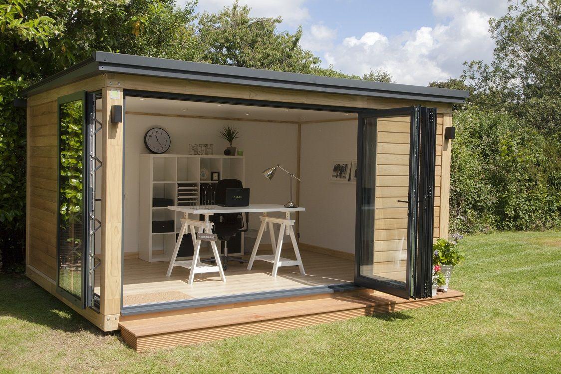 A Beautiful Garden Office In Surrey ...   Bureau De Jardin ... pour Cabane De Jardin Castorama