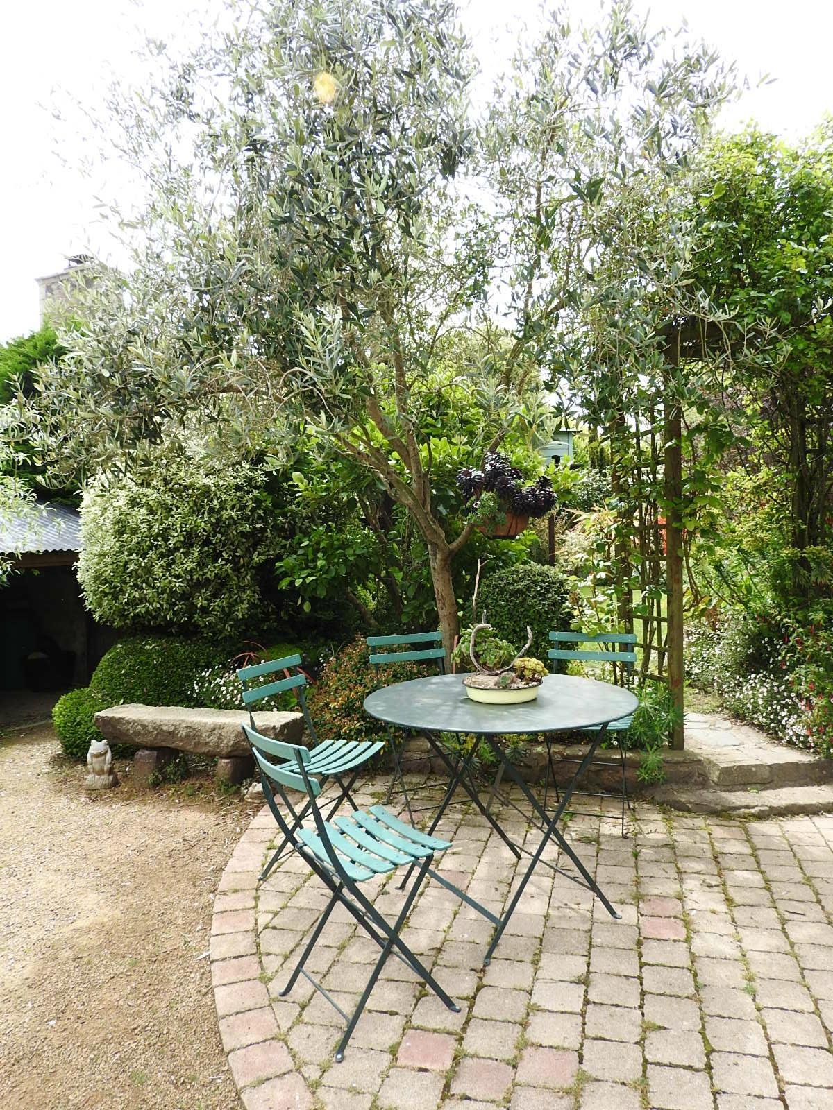 A Bientot Jardin De Babou - Coquelicot-Photos intérieur Table De Jardin Babou