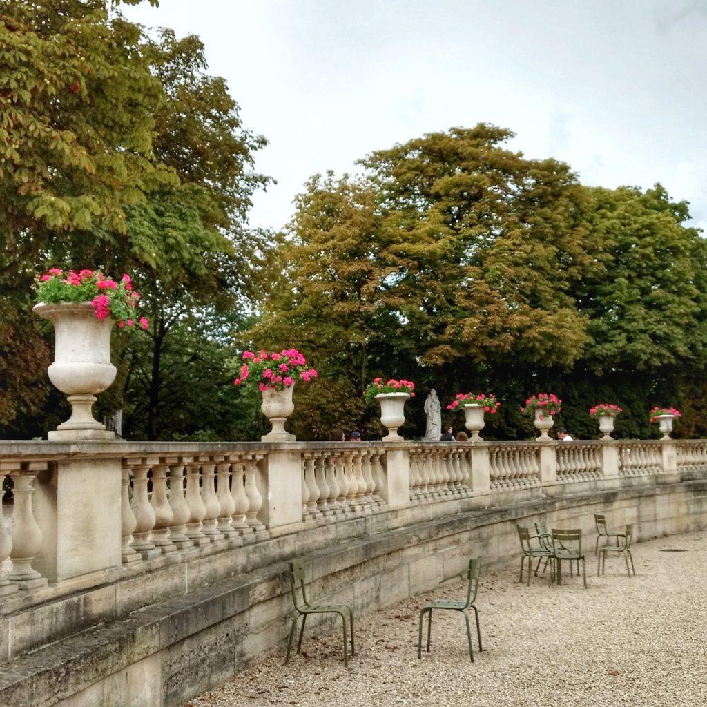A Day In The Jardin Du Luxembourg: Part 1 — Rue De Varenne concernant Balustrade De Jardin