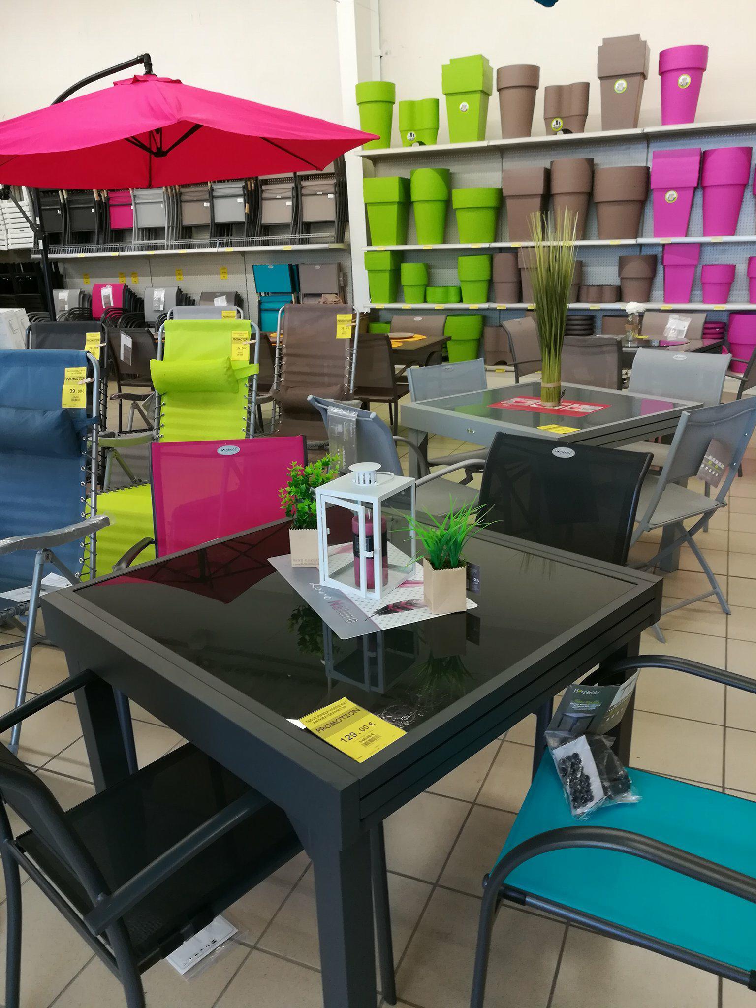 A Table ! | Centrakor Vannes Auray Magasin De Décoration ... serapportantà Table De Jardin Centrakor