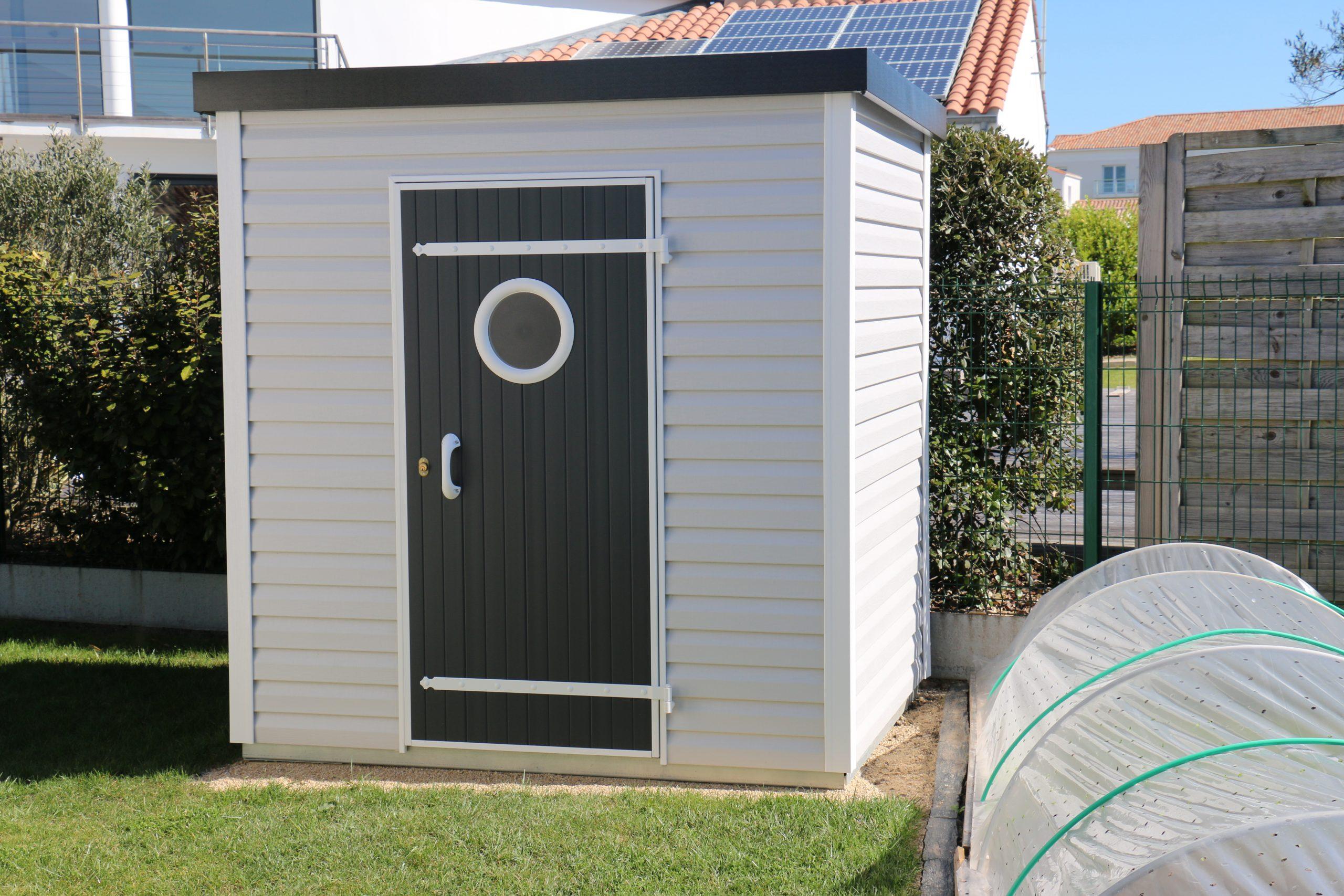 Abri De Jardin Design Toit Plat 3,72 M² - Abri Pvc < 10 M² Nea Concept concernant Abri De Jardin Pvc Toit Plat