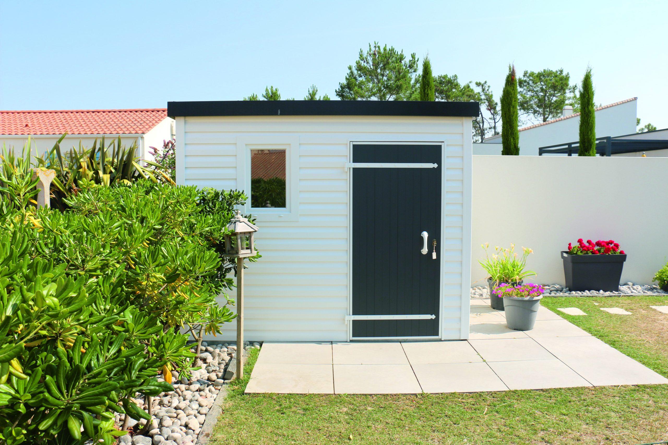 Abri De Jardin Design Toit Plat 5 M² - Abri Pvc < 10 M² Nea Concept serapportantà Abri De Jardin Pvc Toit Plat
