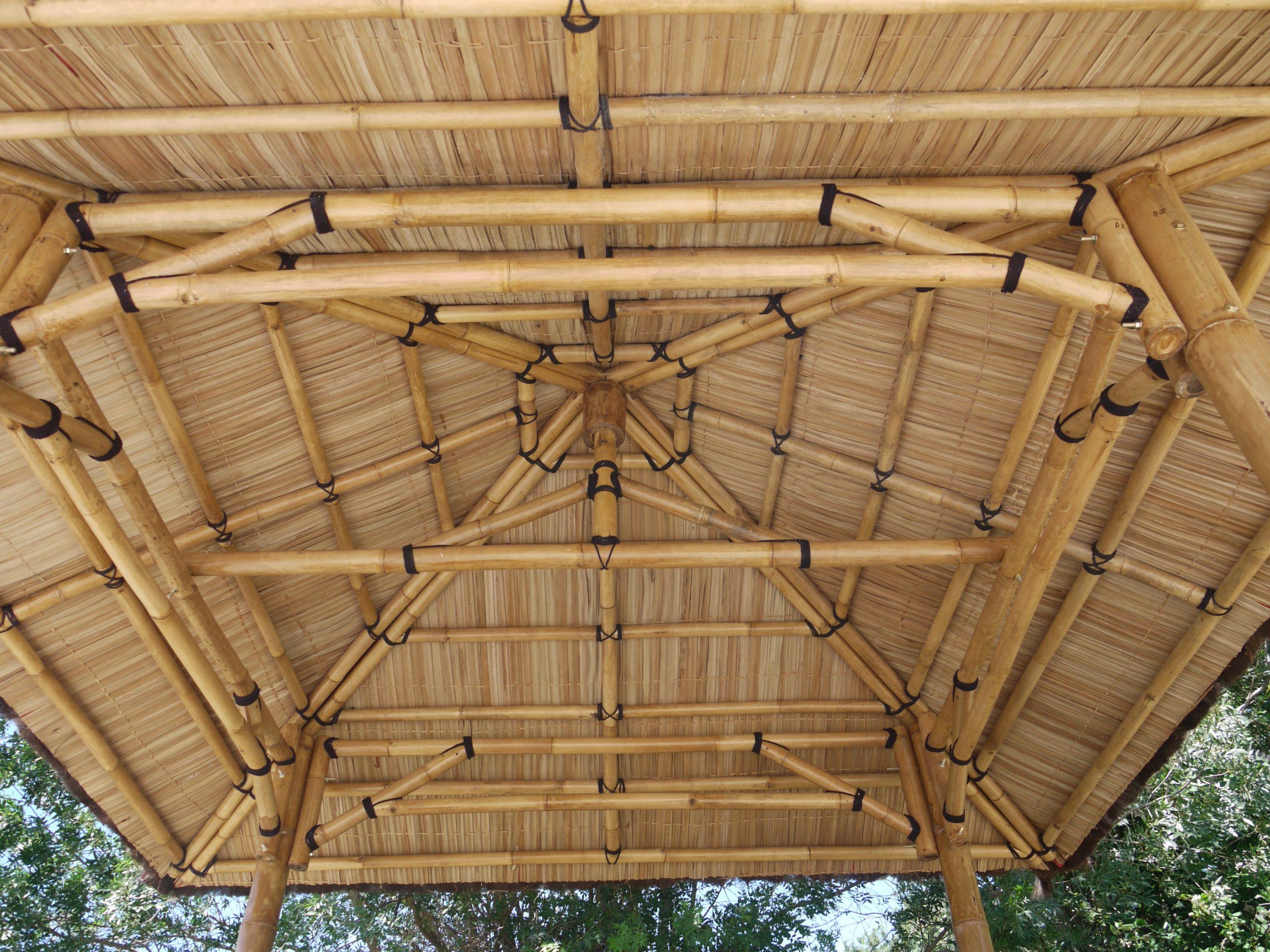 Abri De Jardin En Bambou « Lit Sumatra » pour Abri Jardin Bambou