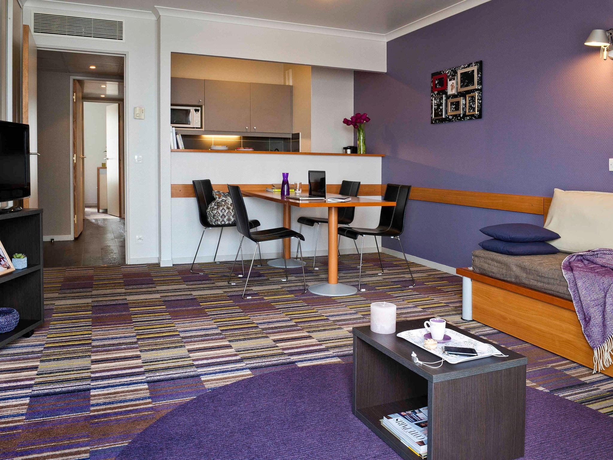Adagio La Defense Kleber Aparthotel Serviced Apartment ... intérieur Table De Jardin Auchan