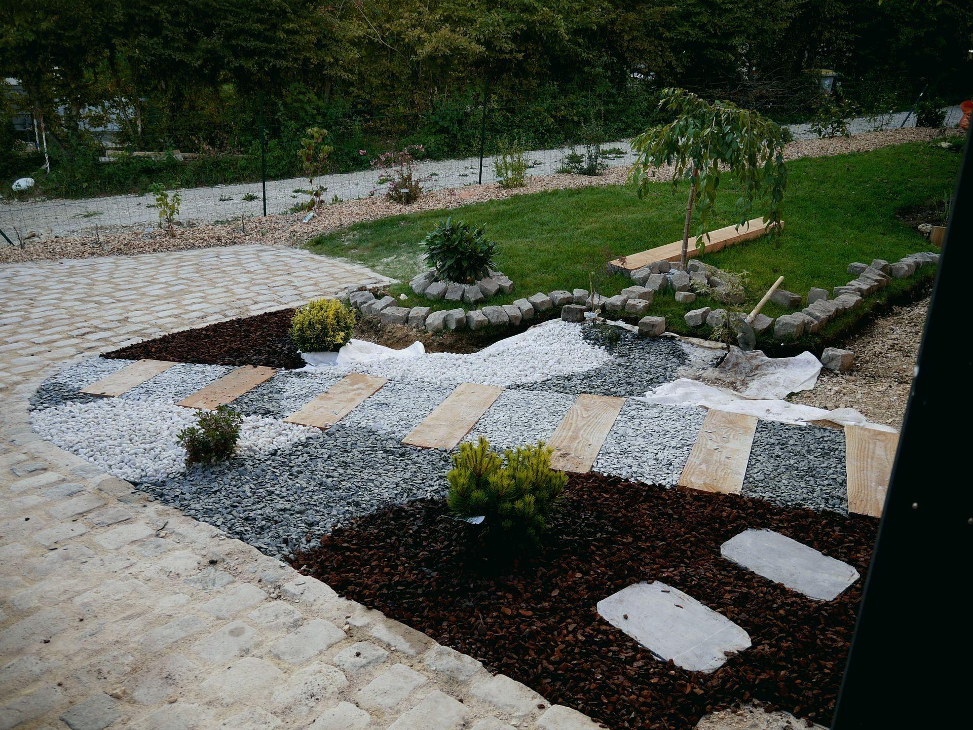 All E De Jardin Pas Cher Design De Maison Bordure Alle ... tout Dalle Jardin Pas Cher