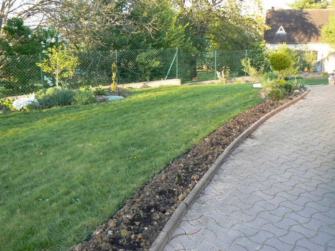 Allée Et Terrasse - Jardin Et Extérieures De La Maison avec Bordure Jardin Pas Cher
