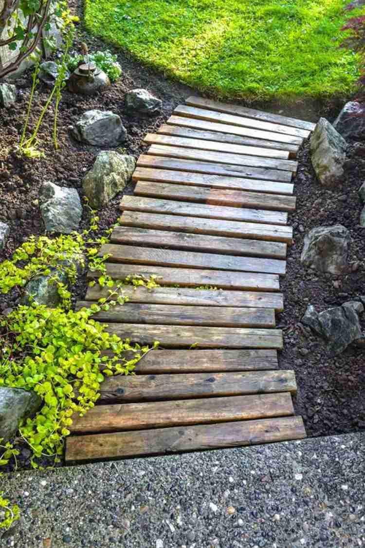 Allées De Jardin En Bois Pour Être Plus Proche De La Nature ! destiné Allée De Jardin En Bois