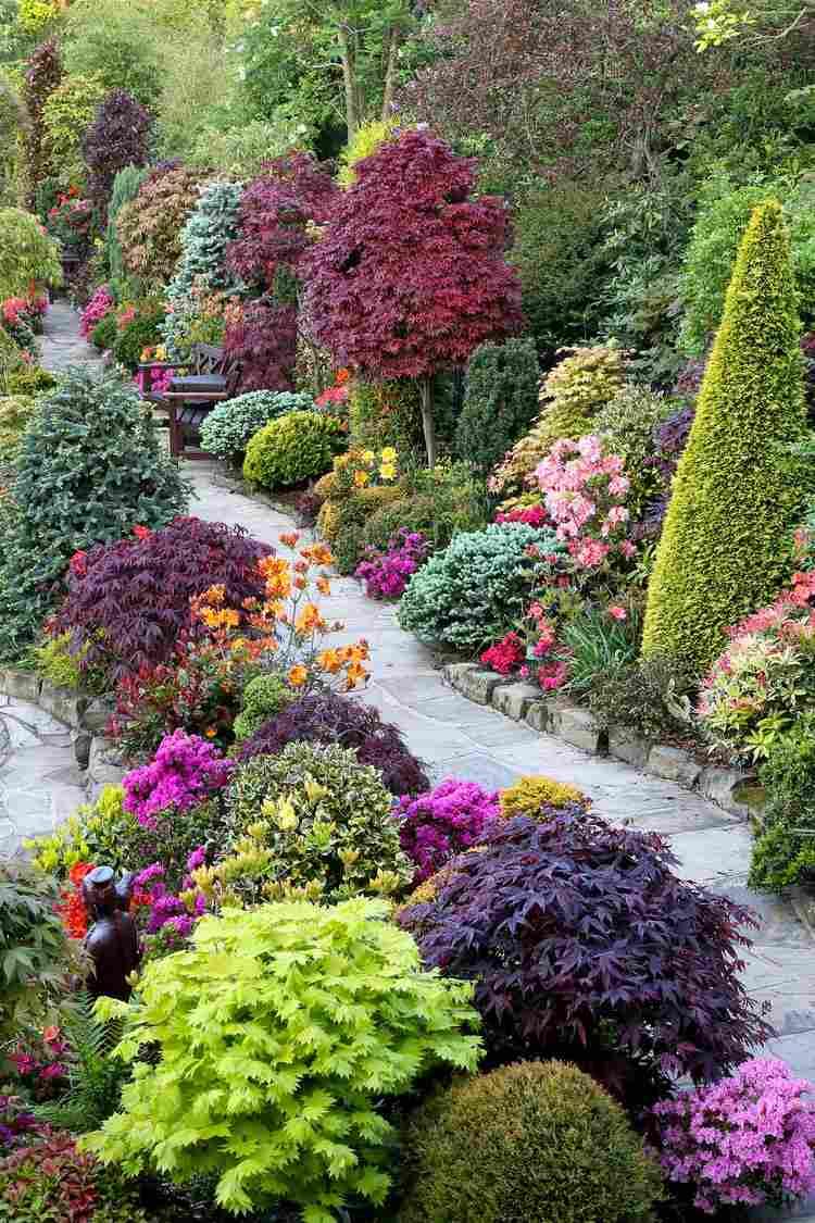 Allées De Jardin Originales En 48 Idées Inspirantes serapportantà Petite Barriere Jardin