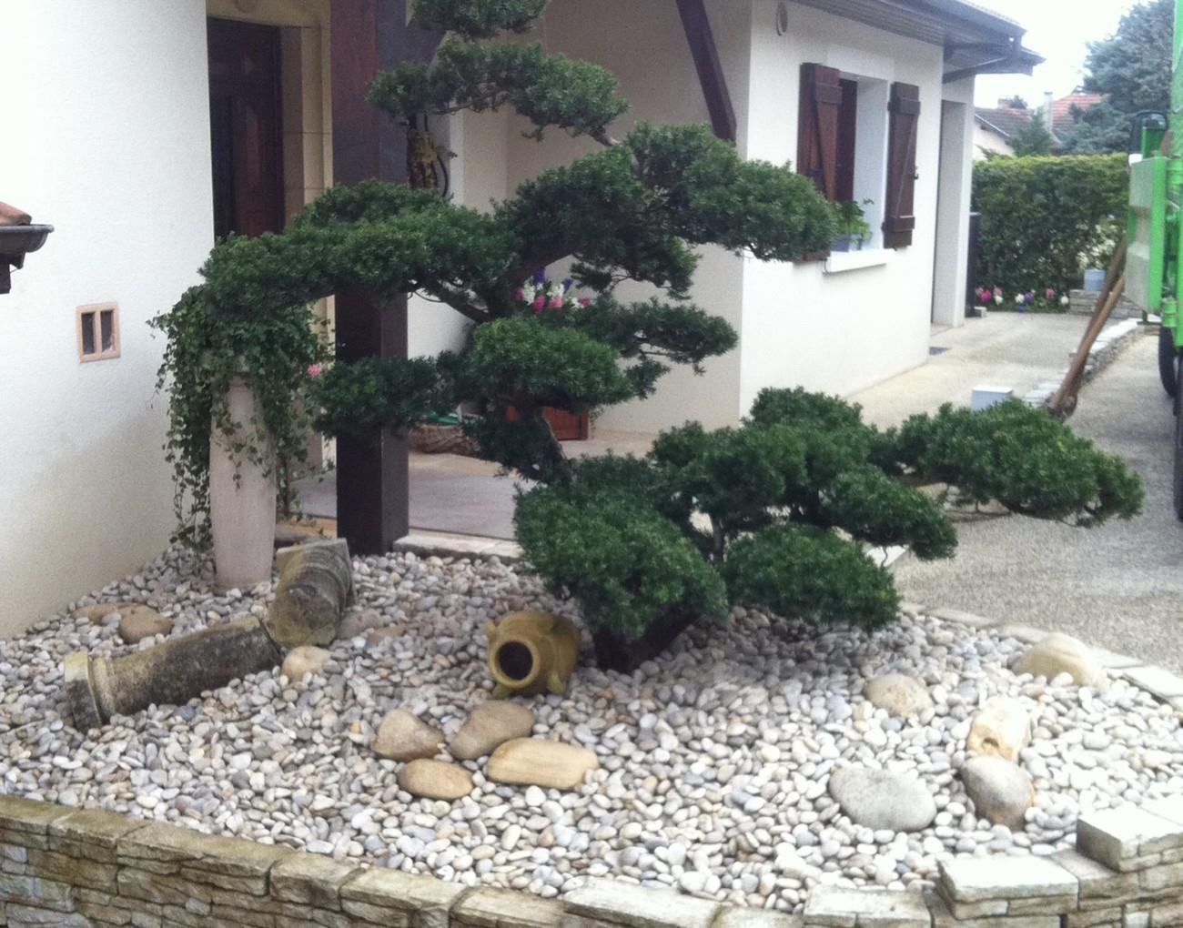 Aménagement De Votre Jardin Sec À Vienne Et En Région Lyonnaise tout Jardin Paysager Avec Galets