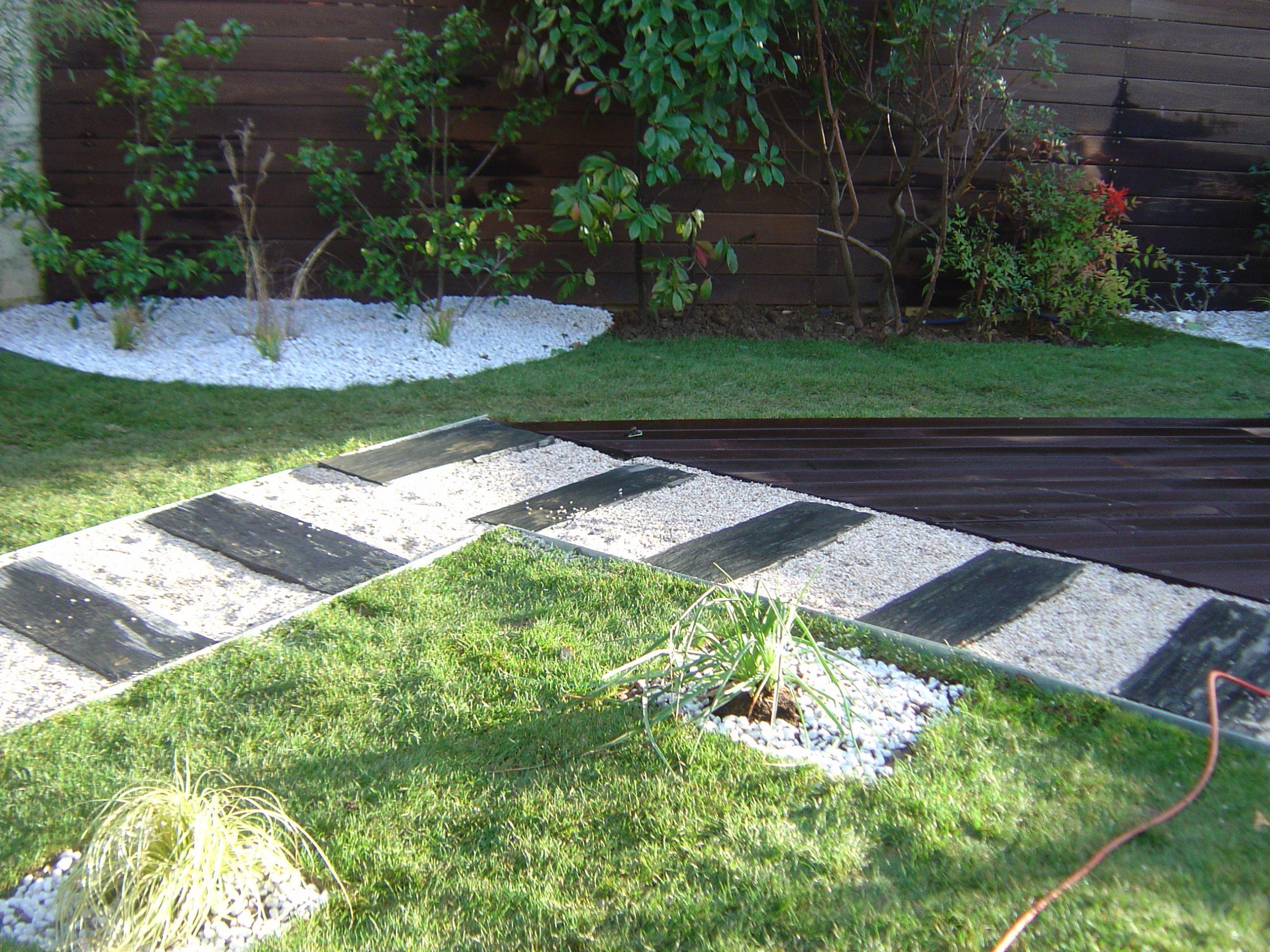 Aménagement Du Jardin Et De La Terrasse Dans Le 91 serapportantà Exemple D Aménagement De Jardin