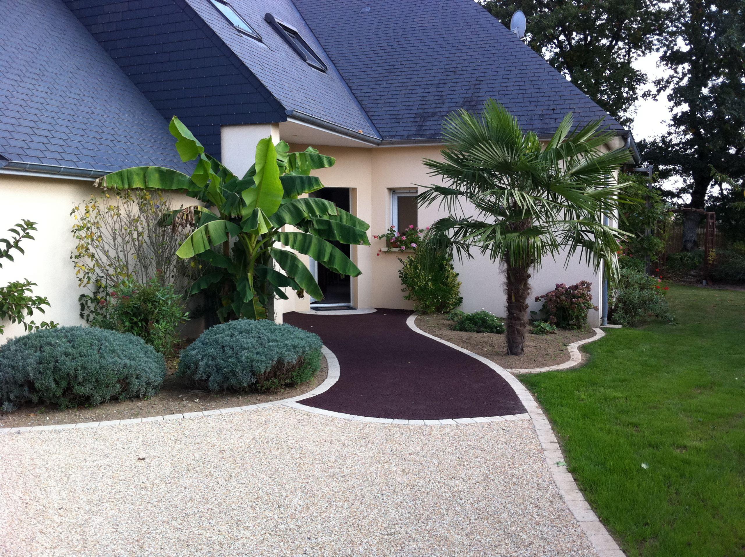 Aménagement Extérieur Devant Maison Amenagement Exterieur ... concernant Idee Amenagement Jardin Devant Maison