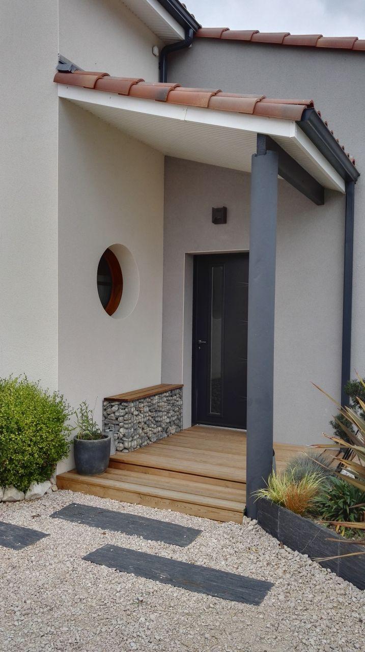 Aménagement Extérieur Devant Maison Banc Sur Gabion Home ... dedans Gabion Deco Jardin