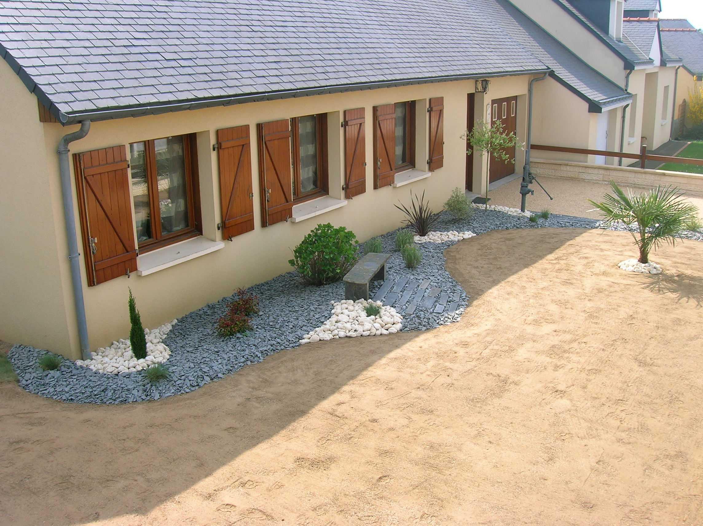 Aménagement Jardin Devant Maison Des Idées - Idees ... à Idée Allée De Jardin