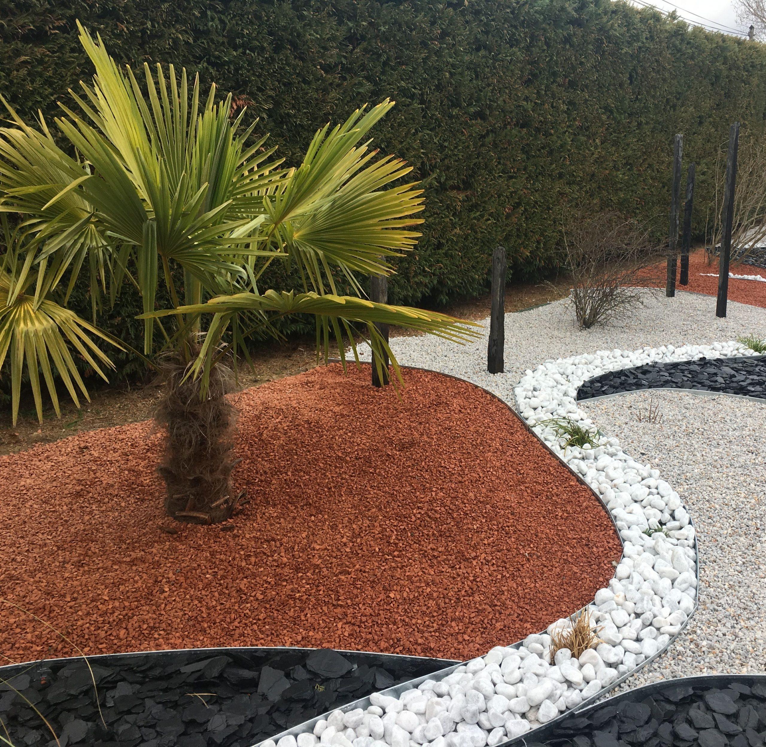Aménagement Minéral: Schiste / Paillettes Ardoise / Galets ... avec Jardin Paysager Avec Galets