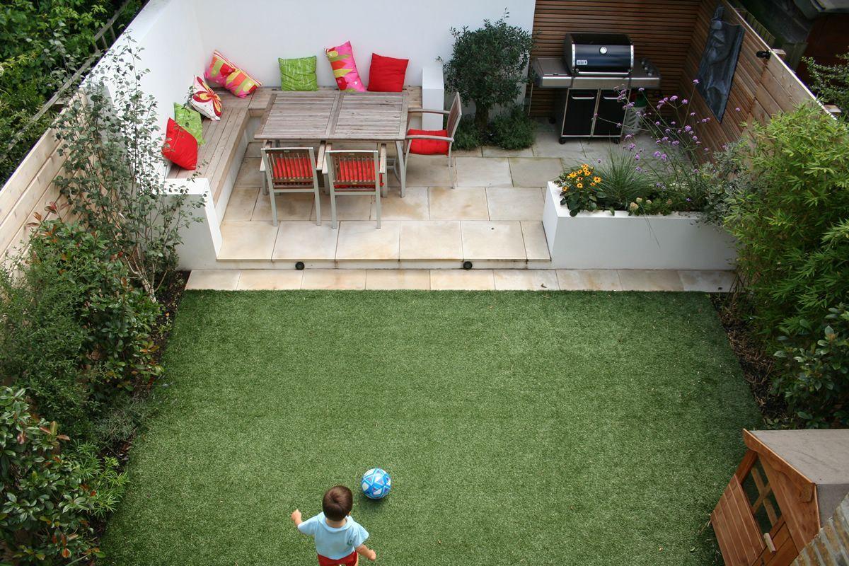 Aménagement Petit Jardin Dans L'arrière-Cour–Idées Modernes ... intérieur Aménagement De Petit Jardin