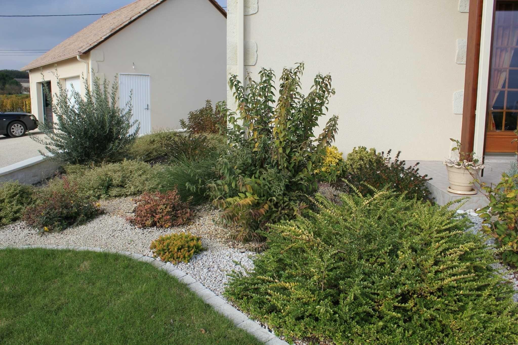Amnagement Extrieur Devant Maison Amanagement Inspirations ... dedans Idee Amenagement Jardin Devant Maison