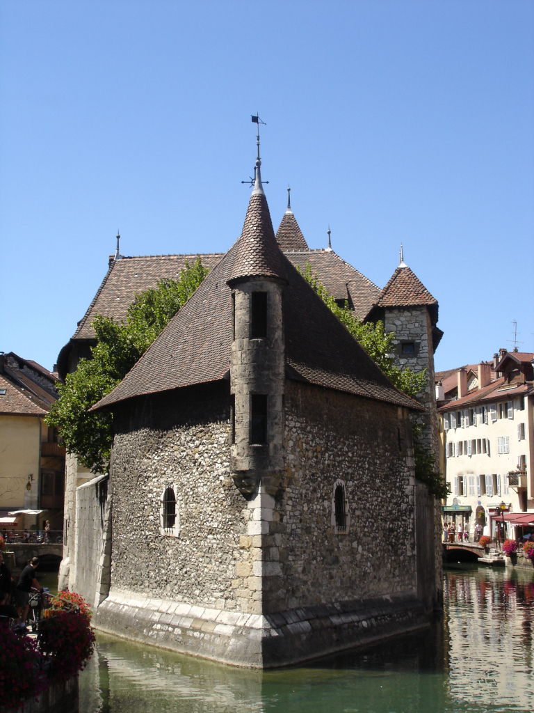 Annecy – Travel Guide At Wikivoyage serapportantà Les Jardins Du Château Annecy