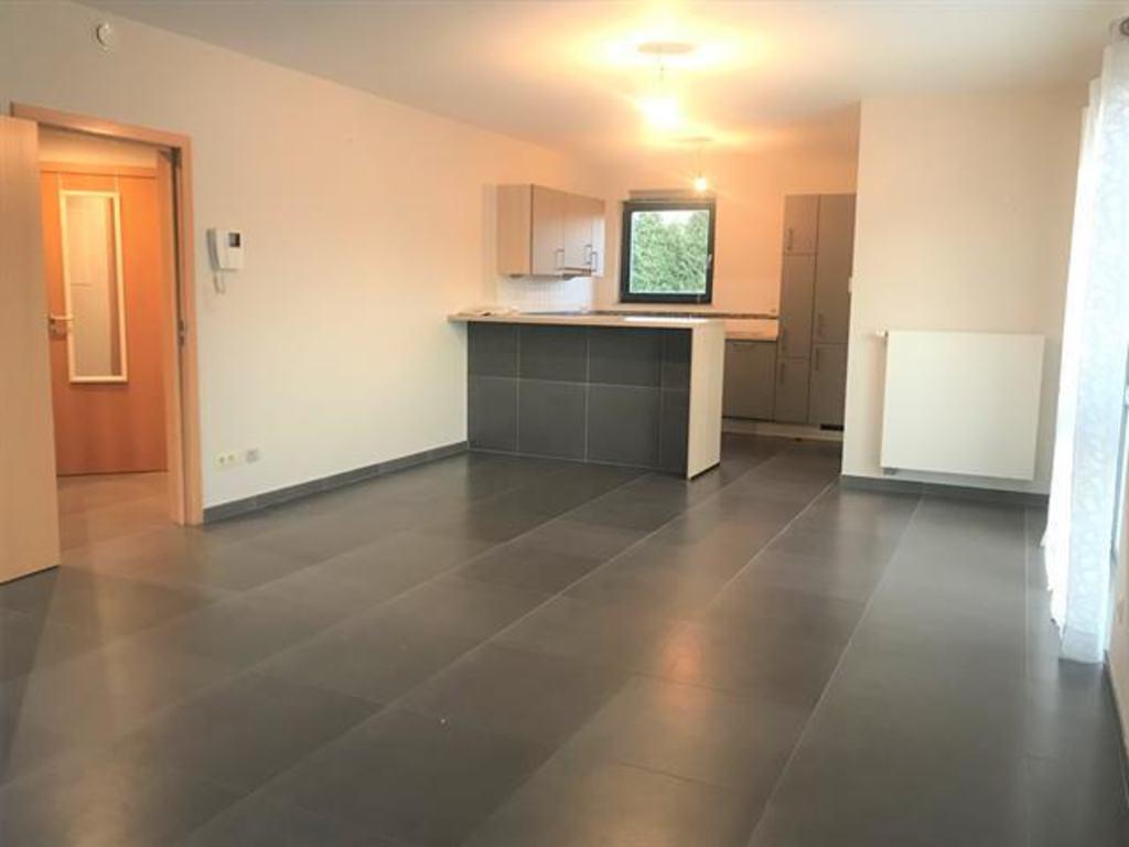 Apartment 2 Rooms For Rent In Jambes (Belgium) - Ref. 12Enw ... dedans Hyper U Salon De Jardin