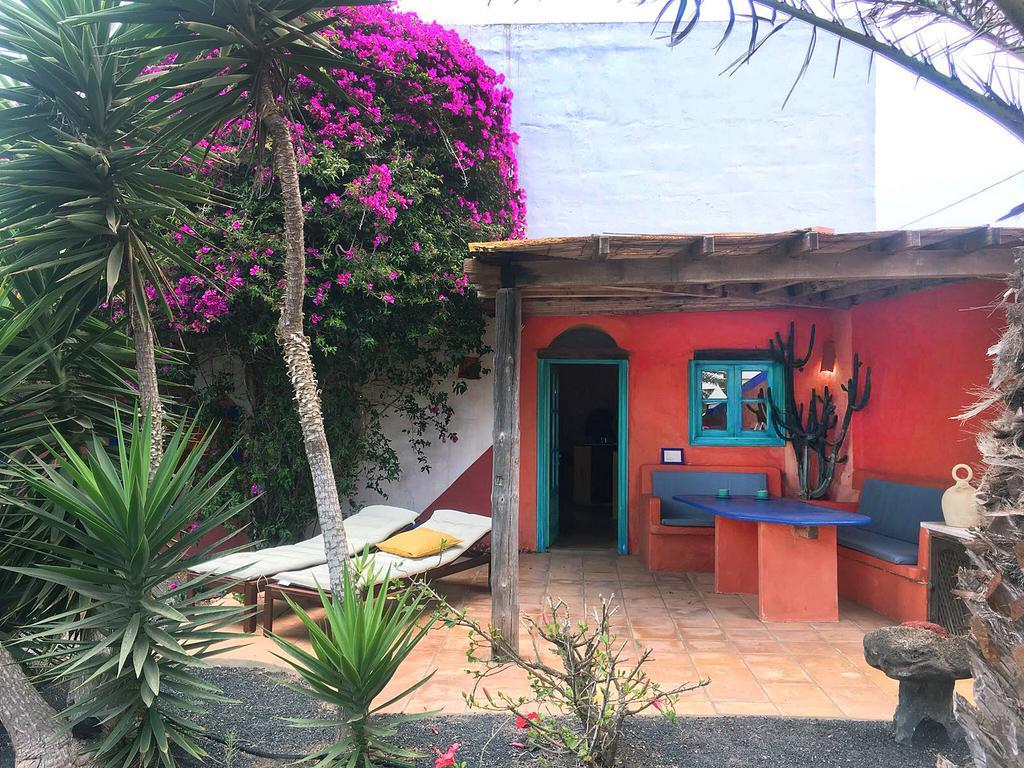 Apartment Casa Panama,in Der Finca Mimosa, Teguise, Spain ... encequiconcerne Table De Jardin Chez Casa
