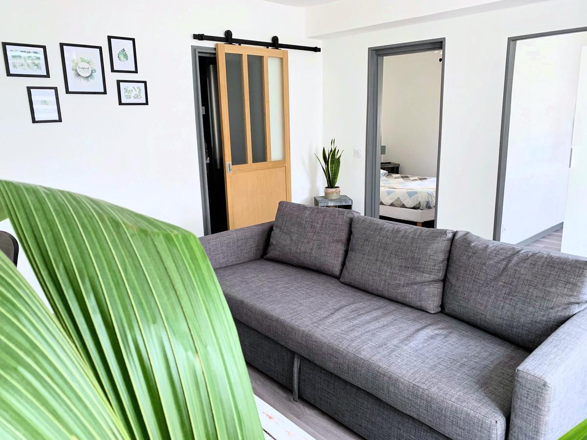 Apartment Eco-Appart Jardin Des Plantes, Rouen, France ... intérieur Truffaut Table De Jardin