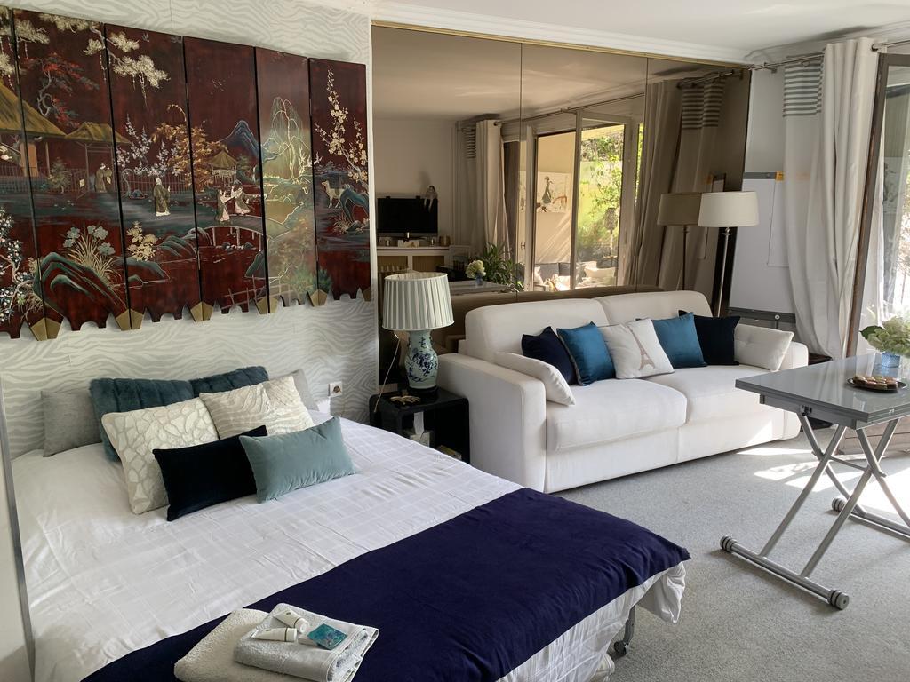 Apartment Les Jardins De L'avenue, Neuilly-Sur-Seine, France ... pour Le Jardin De Neuilly Hotel