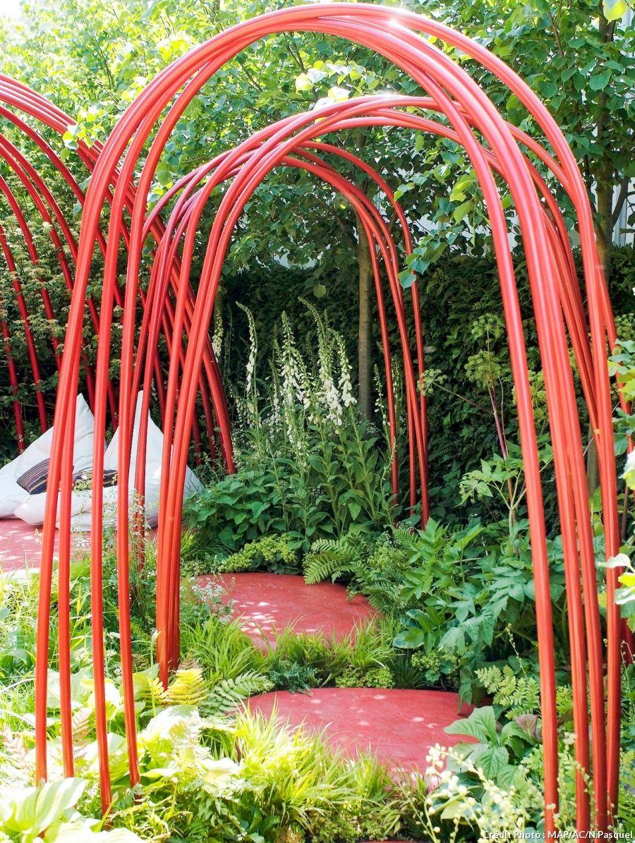 Arches Et Portiques : 7 Idées Pour Embellir Votre Jardin ... concernant Arche De Jardin En Fer