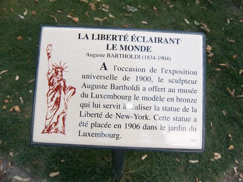 Arthur À Paris_Aout 2011 052 | Pentax Digital Camera | Flickr avec Statues De Jardin Occasion