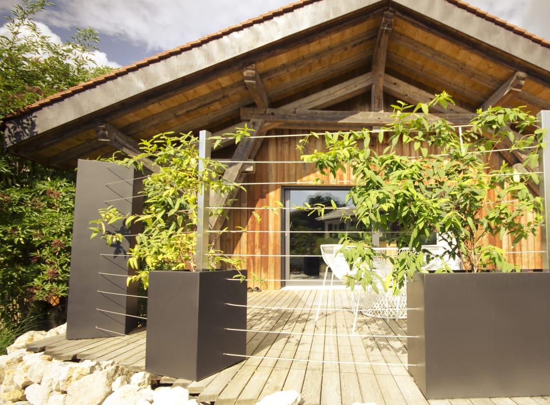 Atelier So Green: Combinaison De Formes En Noir Et Blanc ... intérieur Treillis Blanc Jardin