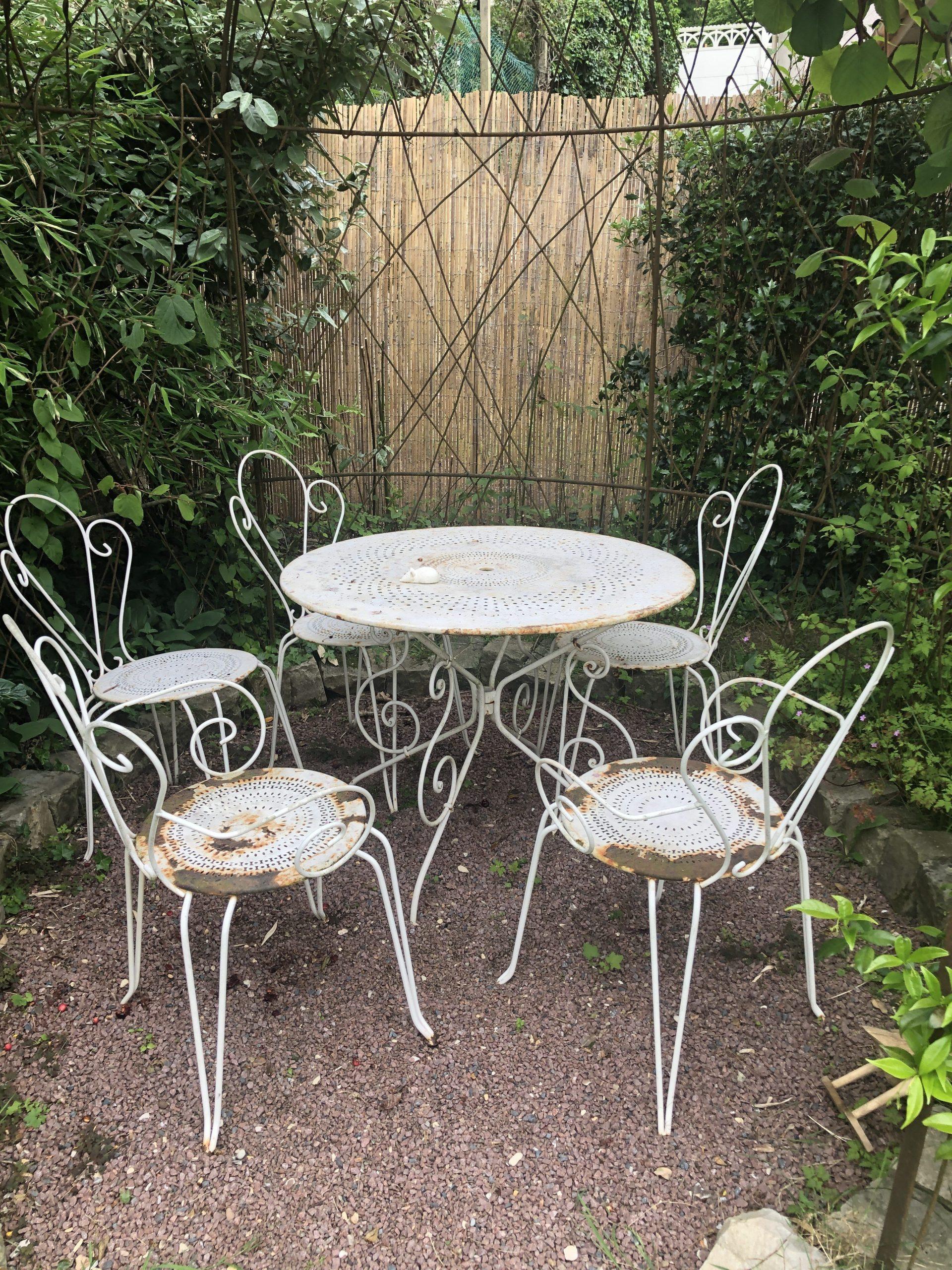 Avant / Après : Rajeunir Un Salon De Jardin En Fer Forgé ... encequiconcerne Salon De Jardin En Fer Forgé