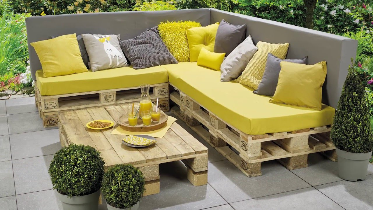 Banc Lounge Et Table En Palettes - Etape Par Étape - Pour Les Makers concernant Coussin Pour Salon De Jardin En Palette