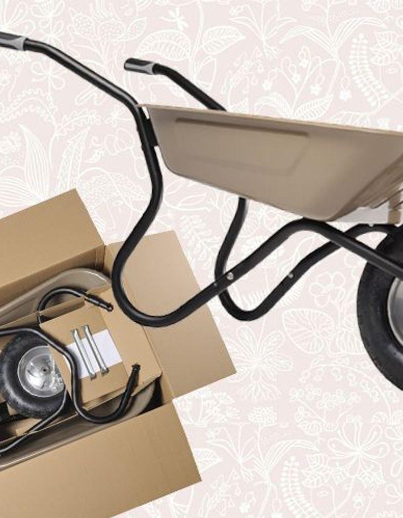 Bibox : Une Brouette Livrée Dans Une Box ! - Elle Décoration dedans Brouette Deco Jardin