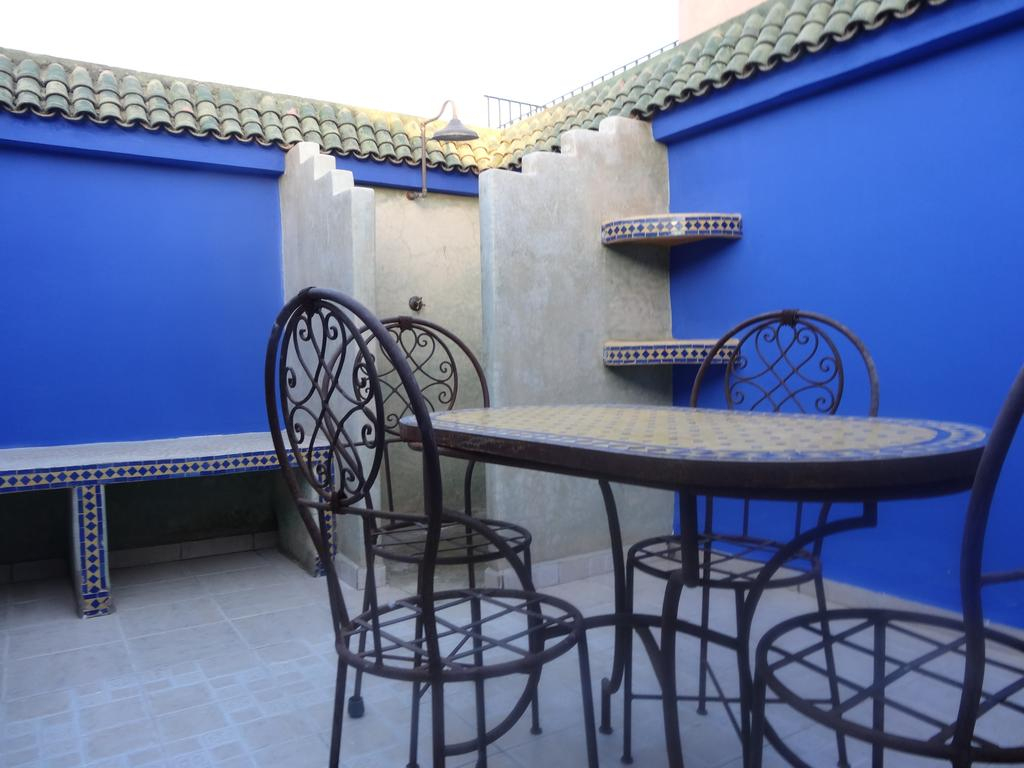 Booking: Tatil Evi Al Qaria Assiyahia Marrakech ... avec Table De Jardin Chez Casa