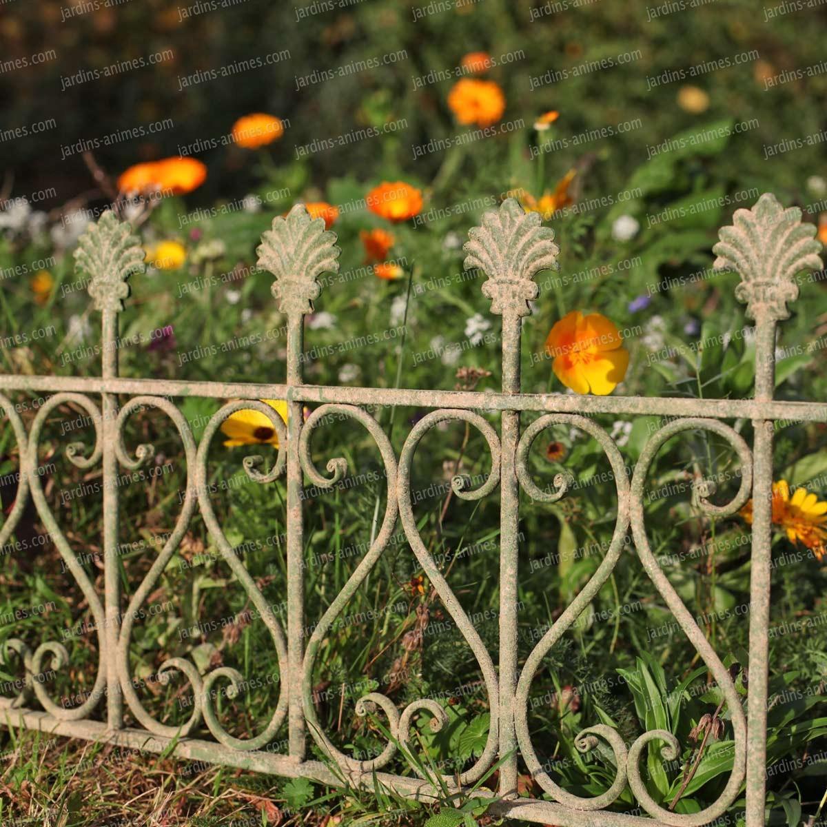 Bordure De Jardin Antique En Métal Vieilli Long. 58Cm encequiconcerne Bordure Jardin Metal