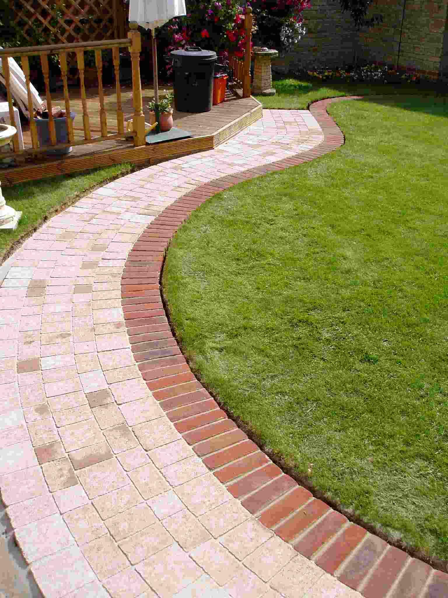 Bordure De Jardin: Préparez Vos Jardins Et Terrasses tout Bordure Courbe Jardin
