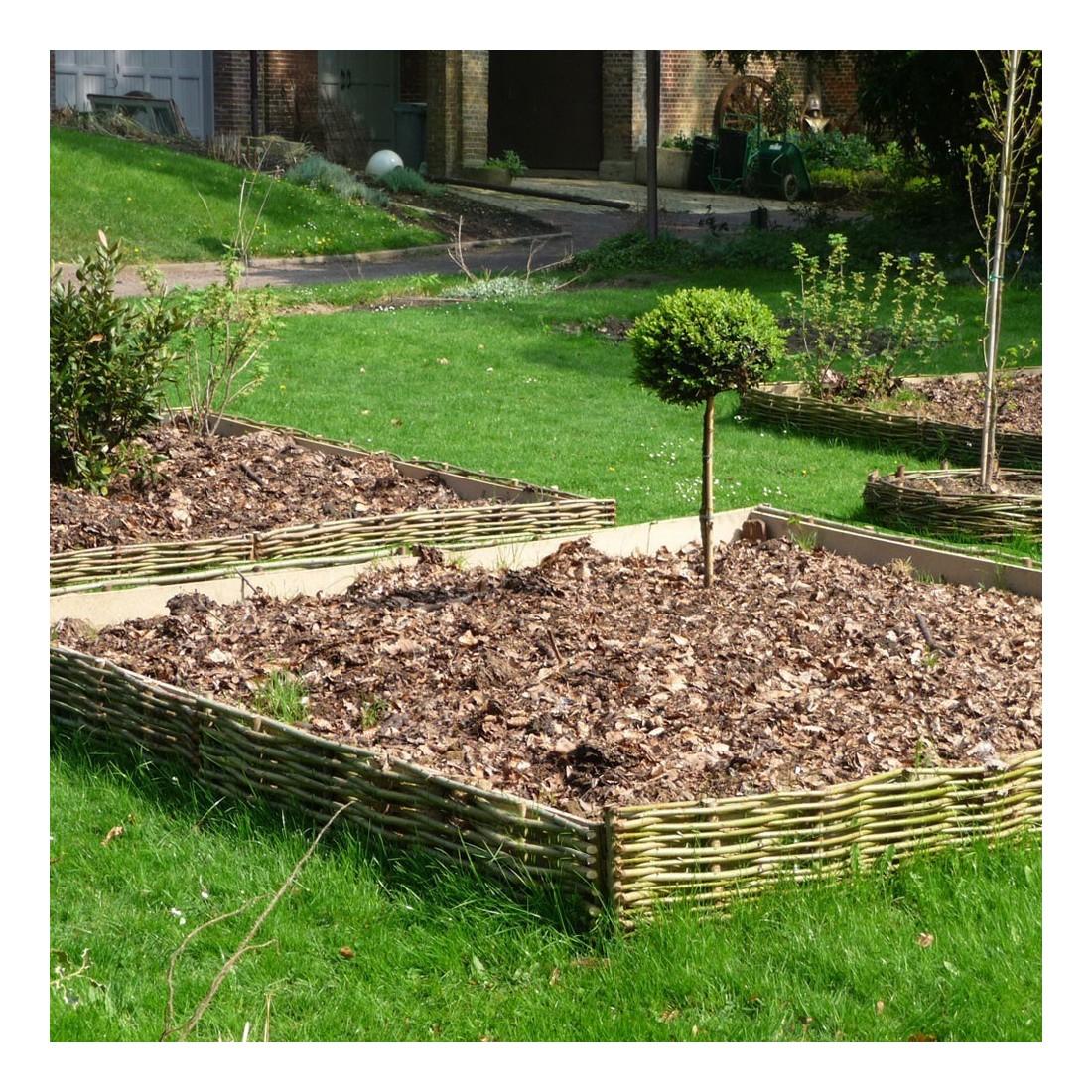 Bordure Jardin En Noisetier Tressé X4 serapportantà Faire Ses Bordures De Jardin