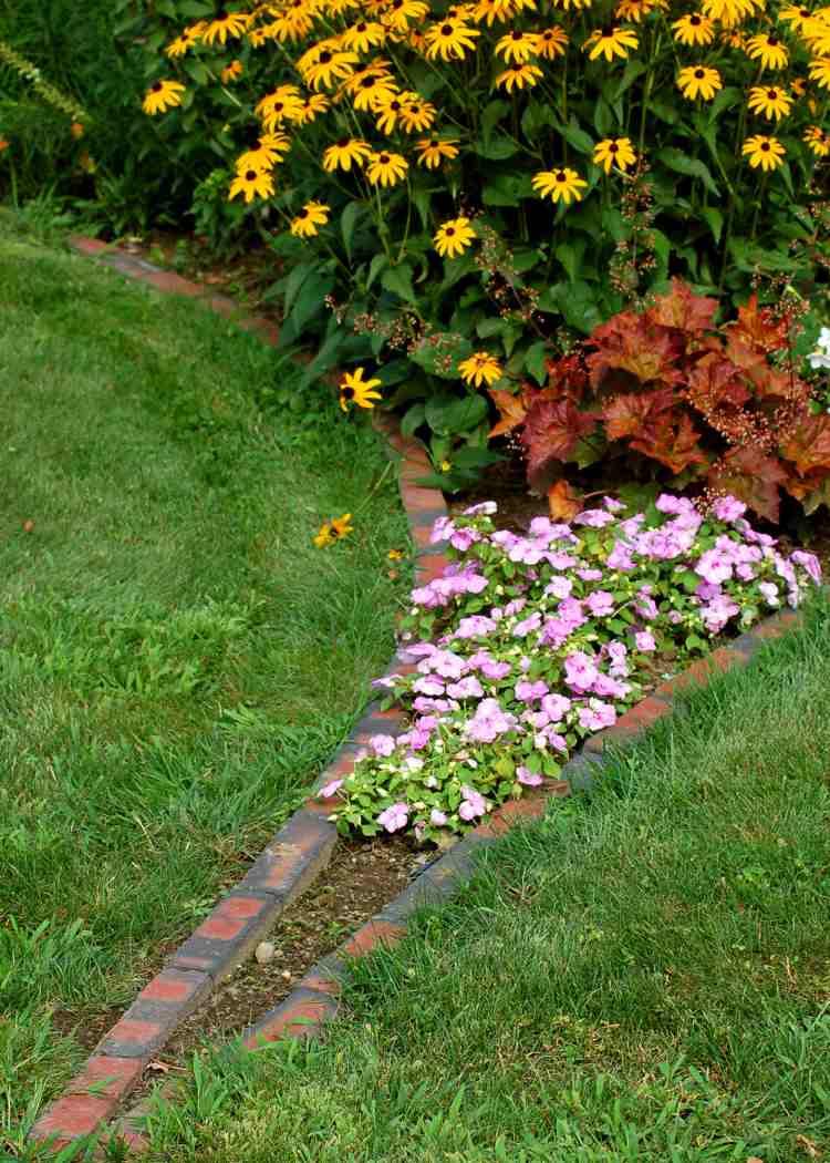 Bordures De Jardin – 40 Des Designs Les Plus Répandus tout Faire Ses Bordures De Jardin