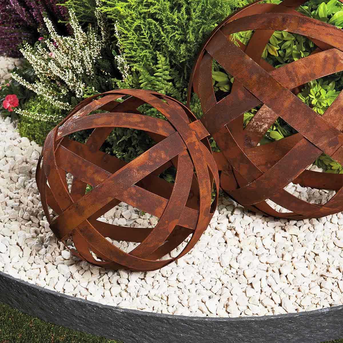 Boule À Arceaux - Déco Jardin En Métal destiné Boule Décorative Pour Jardin