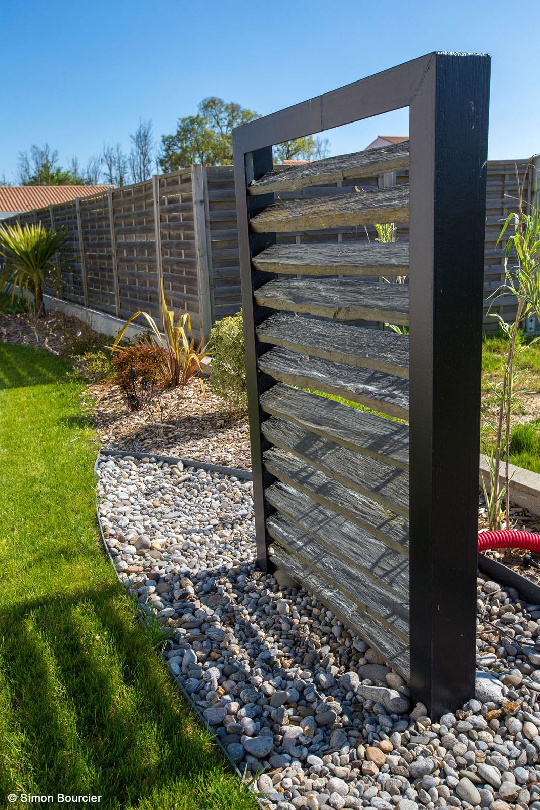 Brise Vue Dans Un Jardin En Vendée » Paysalis - Paysagiste ... pour Cache Vue Jardin